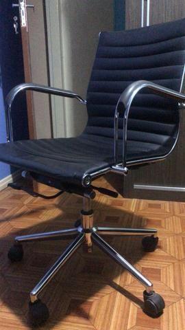 Cadeira escritório presidente giratória - Foto 2