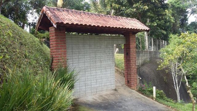 No Caputera - Chácara 2040 m² - toda murada- ótima casa - IPTU em dia - Foto 18