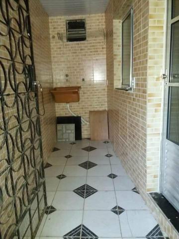 Aluga-se casa 2 quartos sendo uma suite - Foto 5