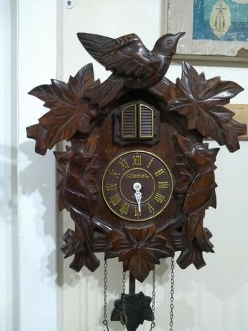 Antigo Relógio De Parede Cuco Madeira Herweg Para Restauro - Foto 2