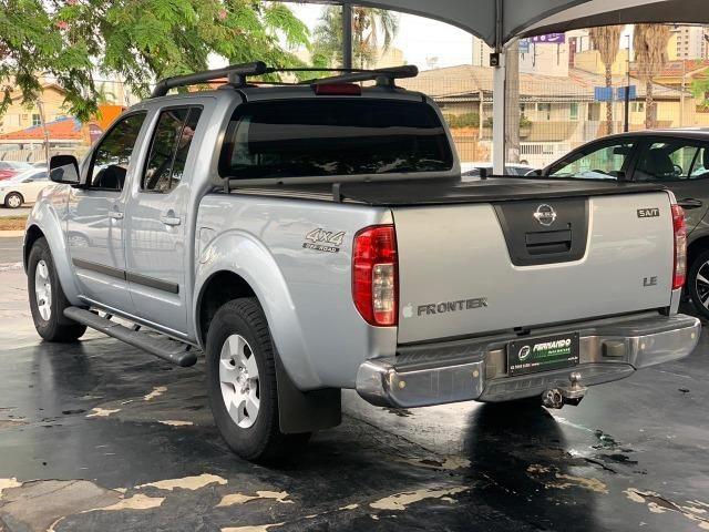 Nissan Frontier LE 2.5 4x4 Diesel Aut 2008/2009 - Foto 4