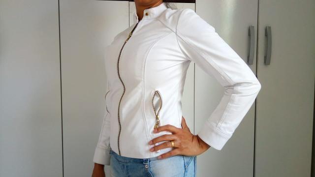 Jaqueta de Couro 100% na cor Branca