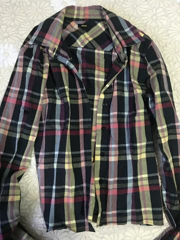 01b02e82fc7 Calça Shoulder Richards camisa Forum bermuda Evidence - Roupas  e . eb433ebf28e9a