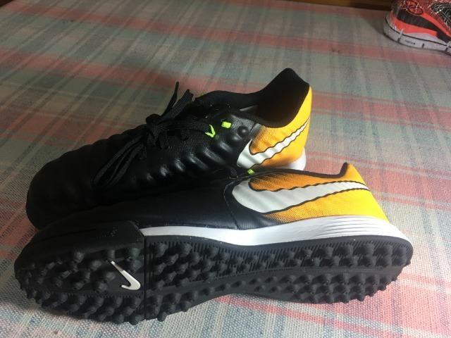 9f0c43a37c1cd Chuteira Society Nike Tiempo X Ligera IV IC - Infantil 35 - nova ...