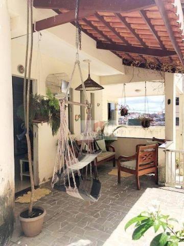 Casa duplex, 4 dormitórios sendo 1 suíte, 190 m², dependência de empregada, salas, 2 garag - Foto 13