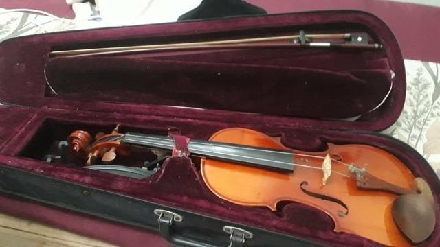 Violinos - Foto 2