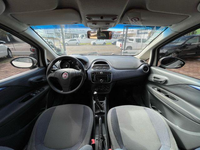 Fiat PUNTO 1.4 Attractive 2014  - Foto 16