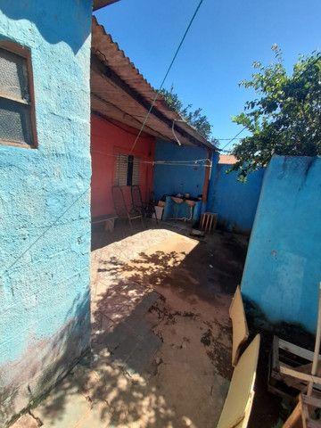 Vende Vila de casas. 4 casas mais salão comercial. Luz separada. água Poço. Sta Emília  - Foto 11