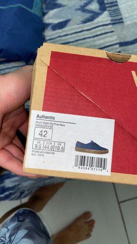 Tênis Vans Authentic (42) - Foto 4