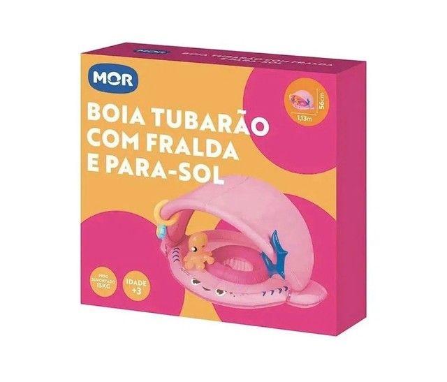BOIA TUBARAO COM FRALDA E PARA SOL SORTIDA (ROSA) - MOR - Foto 2