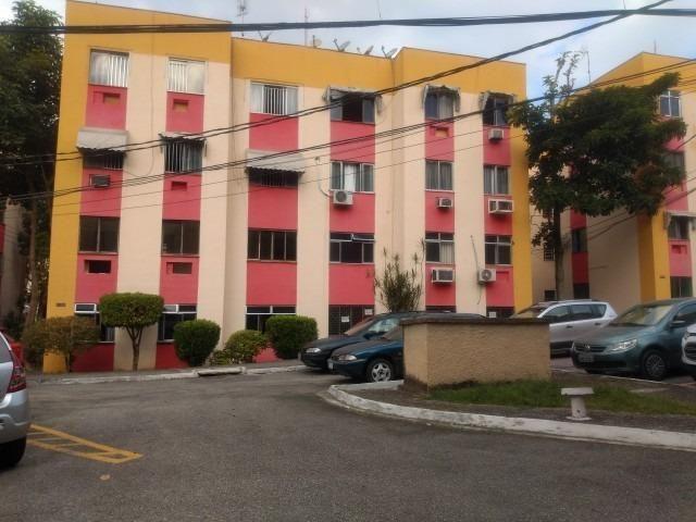 Apartamento com 03 quartos no cond. gaivotas em Campo Grande