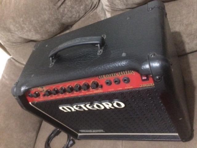 Amplificador meteoro Demolidor Fwg50 - Foto 3