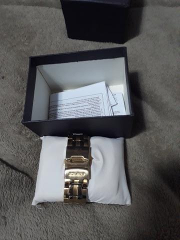 Relógio CASIO Edifice *Torrando leia o anúncio - Foto 3
