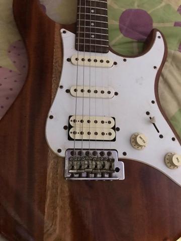 Guitarra Yamaha pacifica madeirada - Foto 2