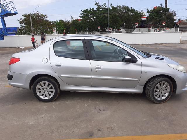 Peugeot passion 1.6 automático ano 2011