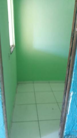 ALUGA-SE Casa com 01 quartos 350.00 Cabula - Foto 12