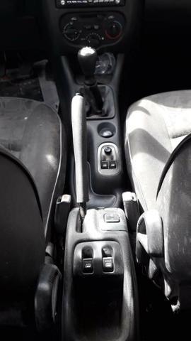 Peugeot Sedan 207 - Foto 3
