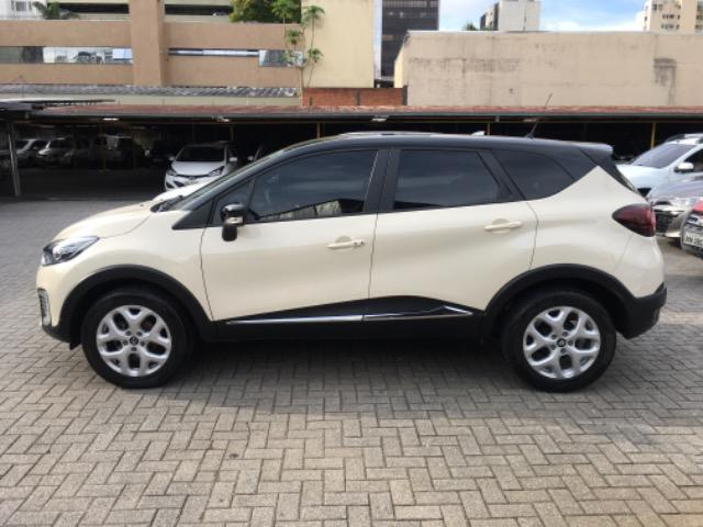 Captur 1.6 Zen Manual 20.000 km - Foto 4
