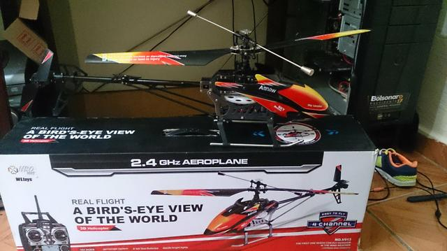 Heleicóptero v913