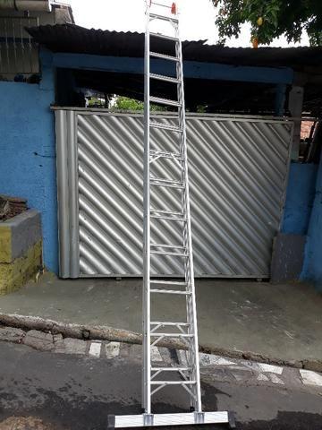 Escada de Alumínio 13 degraus