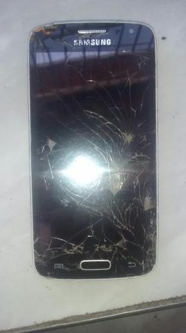 Vendo dois celular com defeito