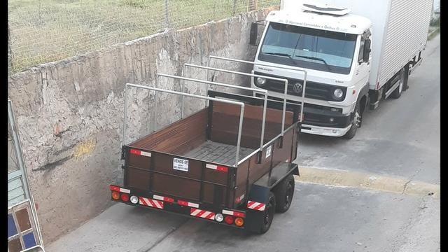 Caminhão Carretinha reboque