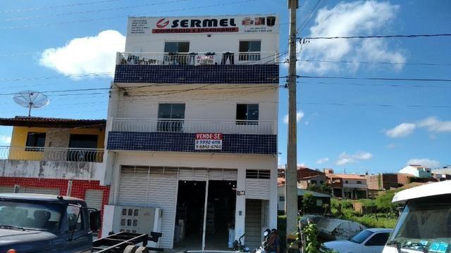 Vende-se Prédio na Av. Triunfo em Serra Talhada-PE