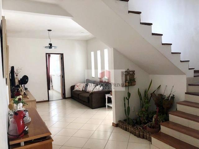 Casa duplex, 4 dormitórios sendo 1 suíte, 190 m², dependência de empregada, salas, 2 garag - Foto 2