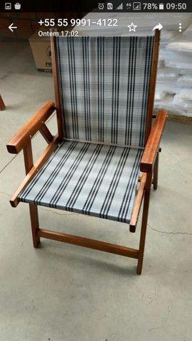 Cadeiras novas com mesa suporte de Cuias e copos - Foto 5