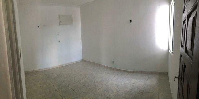 Apartamento Cond. Senador João Bosco, Flores - Foto 10