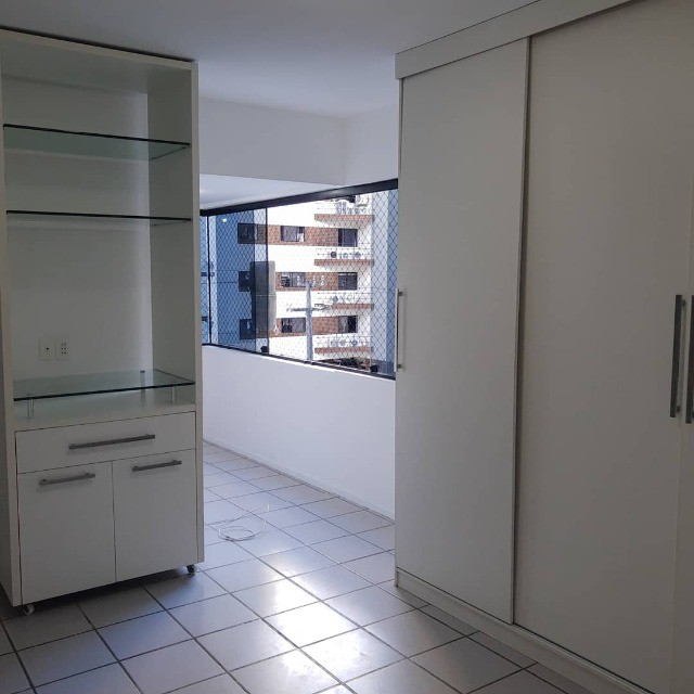 APT, 3/4, Jatiúca, 1 Suíte, DCE com banheiro e armários planejados - Foto 5