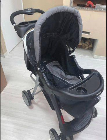 Carro de bebê novíssimo!