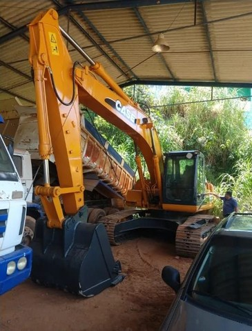 Escavadeira Hidraulica cx 220 case 2012