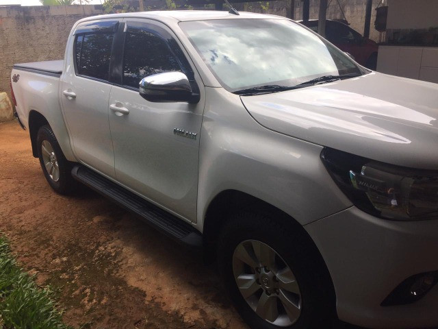 Toyota Hilux SRV 2.8 2017