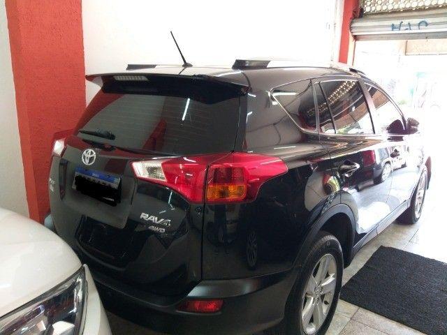 Toyota Rav4 4X4 + TGnv  troco e financio aceito carro ou moto maior ou menor valor - Foto 2