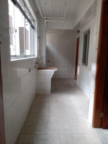 8062 | Apartamento para alugar com 4 quartos em Zona 07, Maringá - Foto 6