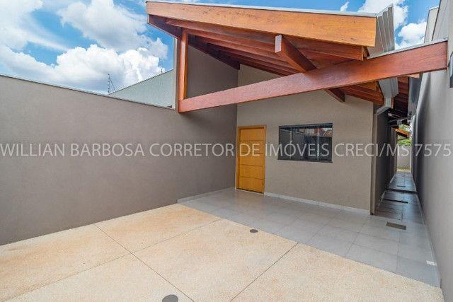 Casa nova com arquitetura moderna e cozinha americana no Rita Vieira 1! - Foto 2