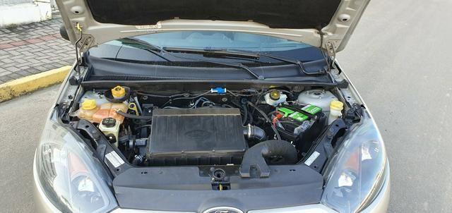 Fiesta Hatch SE 1.0 2014 - Foto 15