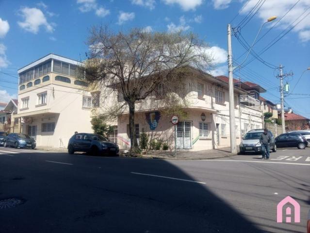 Casa à venda com 3 dormitórios em Centro, Caxias do sul cod:2974