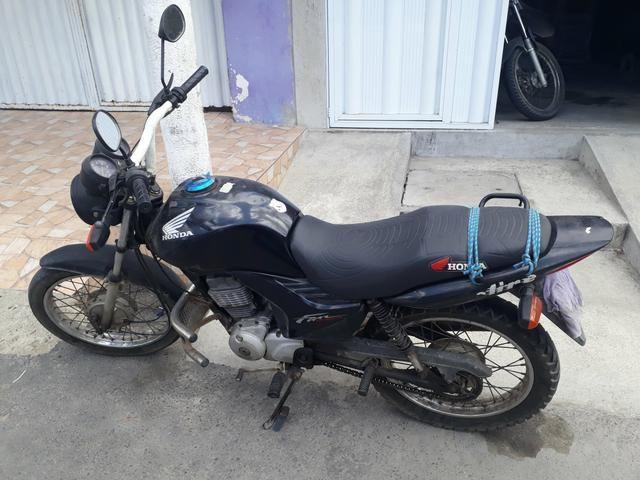 Vendo uma Moto Fan 125 ano 2012 e 2013