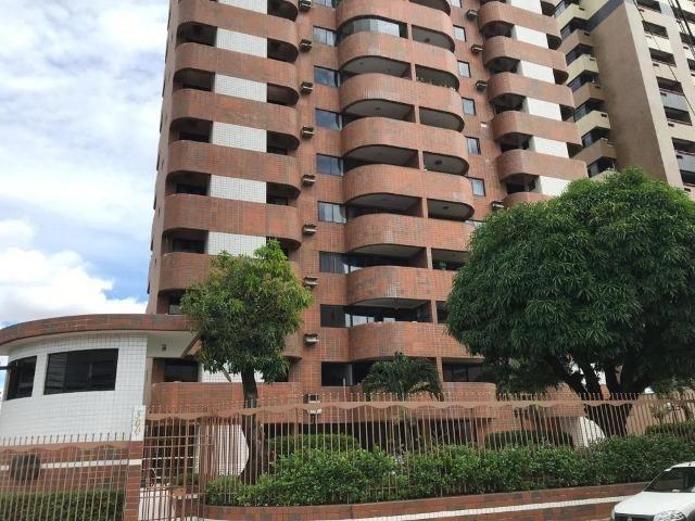 Apartamento com 4 dormitórios para alugar, 110 m² - Guararapes - Fortaleza/CE
