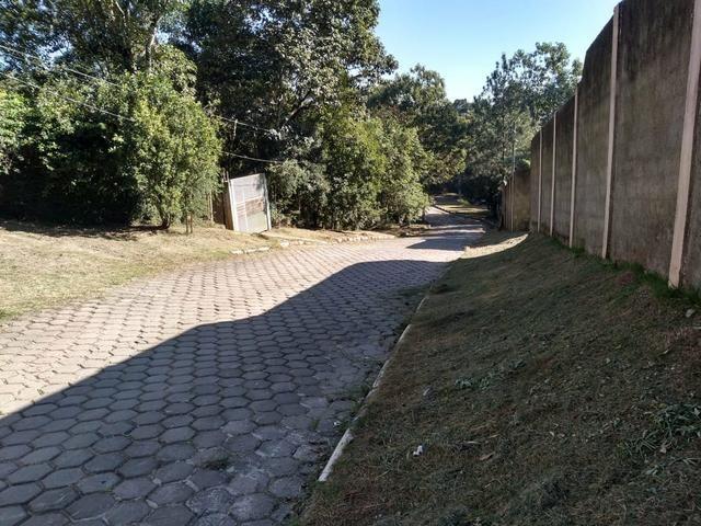 Terreno 750 m²(condomínio fechado) - Foto 2