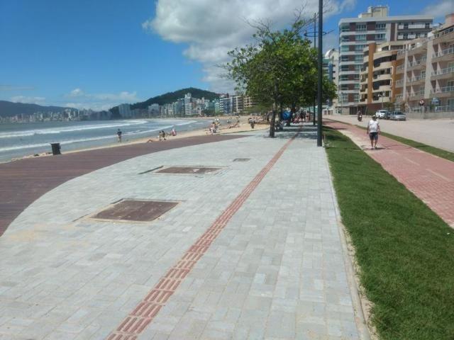 Apartamento 03 Quartos_ Prédio Frente mar _ Apto lateral _Vista para o mar - Foto 6