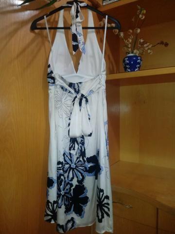 Vestido marca Laura Vann com bojo (importado) / Tamanho: M - Foto 2
