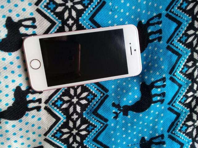 IPhone 5 se Rose