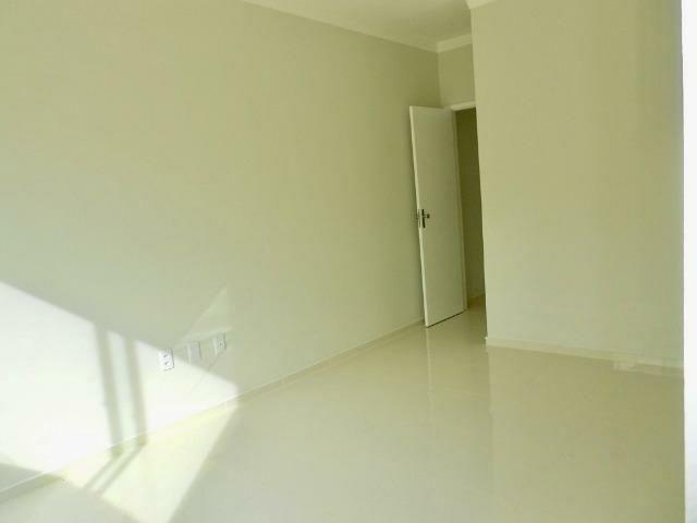 Residencial com 16 casas em Messejana 3 suítes 3 vagas nascente - Foto 7