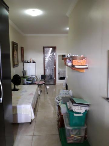 Vendo excelente casa na QS 7 ótima localização e acabamento moderno - Foto 9