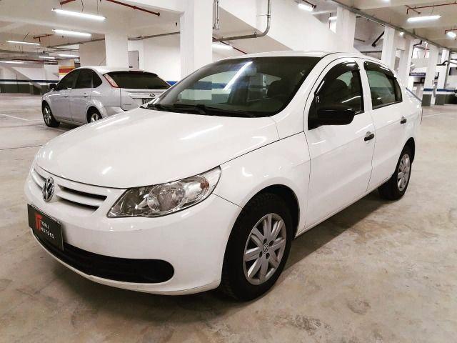 A - Volkswagen Voyage 1.6 - Flex - 2012