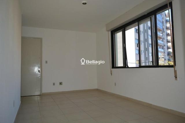 Apartamento 2 dormitórios com garagem - Foto 2
