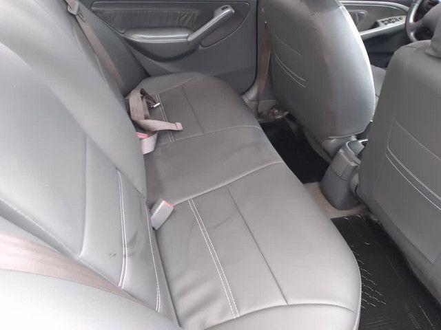 Honda Civic 1.7  - Foto 3